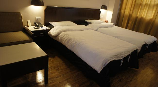 Marcopolo Business Hotel - Kathmandu - Bedroom