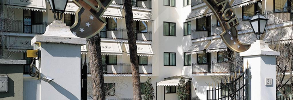 Hotel Donna Laura Palace - Rome - Building