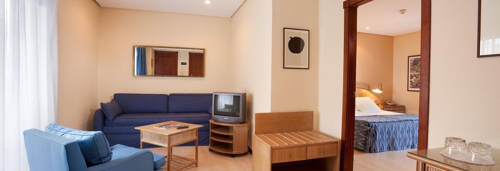 Hotel Puerto de la Cruz - Puerto de la Cruz - Bedroom