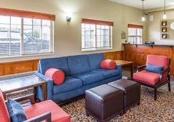 Comfort Suites Columbia River - Astoria - Lobby