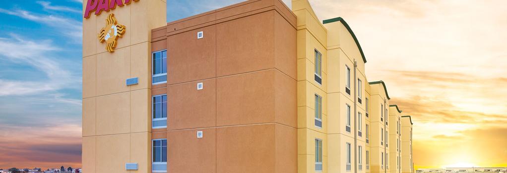 Zia Park Hotel - Hobbs - Building