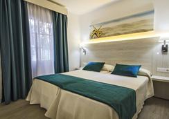THB Flora - Puerto del Carmen - Bedroom