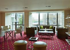Marriott Executive Apartments London, West India Quay - London - Lobby