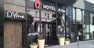 O Hotel - Los Angeles - Building