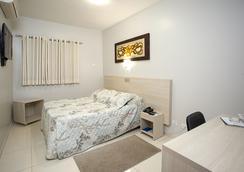 Alves Hotel - Marilia - Bedroom