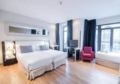 Hotel Petit Palace Chueca - Madrid - Bedroom