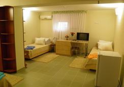 Hotel Sunrise - Chisinau - Bedroom