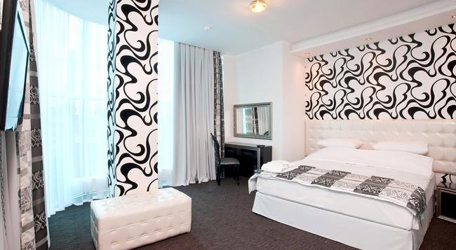 Mer-o-tell - Krasnodar - Bedroom