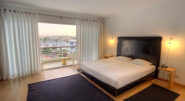 Touristic Apartments Marina Club II - Lagos - Bedroom