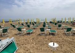 Hotel Anny - Jesolo - Beach