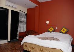 Peak Point Hotel - Kathmandu - Bedroom