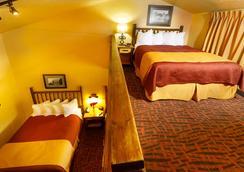 Elk Country Inn - Jackson - Bedroom