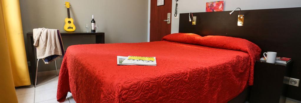 Le Montclair Hostel - Paris - Bedroom