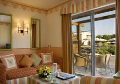 Grande Real Santa Eulalia Resort - Albufeira - Bedroom