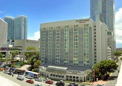 Courtyard by Marriott Miami Downtown Brickell Area - Miami - Building