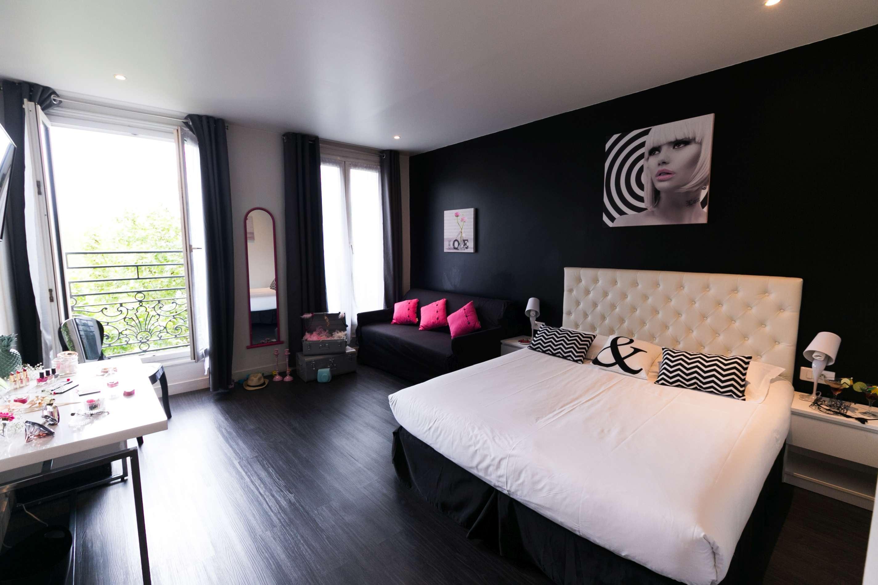 Ideal Hotel Design   Paris   Bedroom
