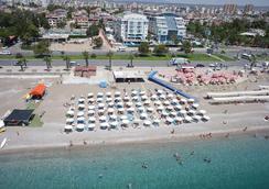 Sealife Family Resort Hotel - Antalya - Beach