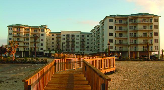 Holiday Inn Club Vacations Galveston Beach Resort - Galveston - Building