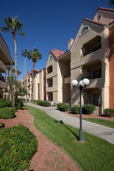 Holiday Inn Club Vacations at Desert Club Resort - Las Vegas - Outdoor view