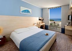 Valamar Diamant Hotel - Poreč - Bedroom