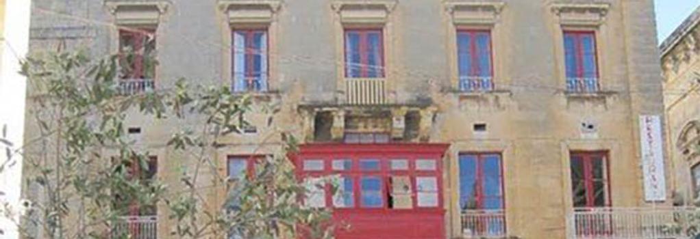 Luciano Valletta Boutique - Valletta - Building