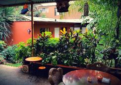 Casa Wayra Bed & Breakfast Miraflores - Lima - Patio