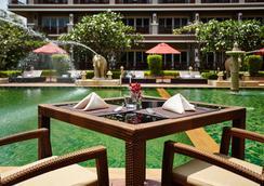 Romantic Resort and Spa - Mu Si - Restaurant