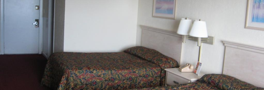 The Red Tree Inn - North Myrtle Beach - Bedroom