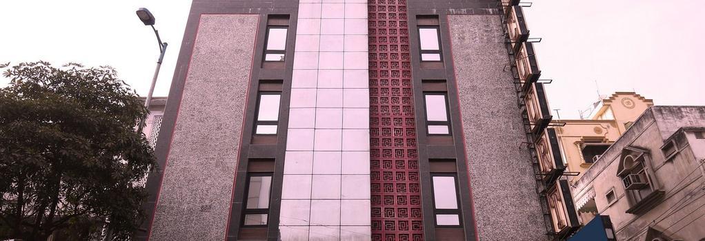 Fabhotel Suncourt Karol Bagh - New Delhi - Building