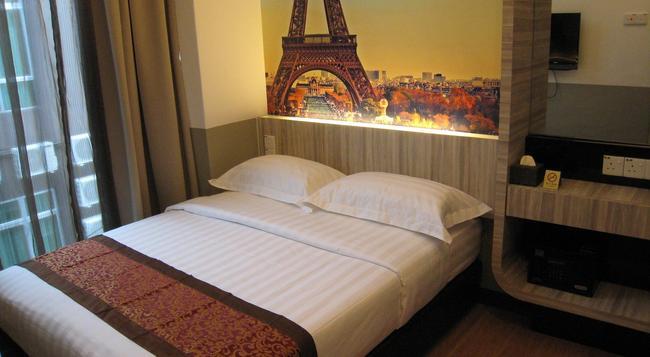 Dreamz Paradise Hotel - Malacca - Bedroom