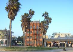 Venice Breeze Suites - Venice - Outdoor view