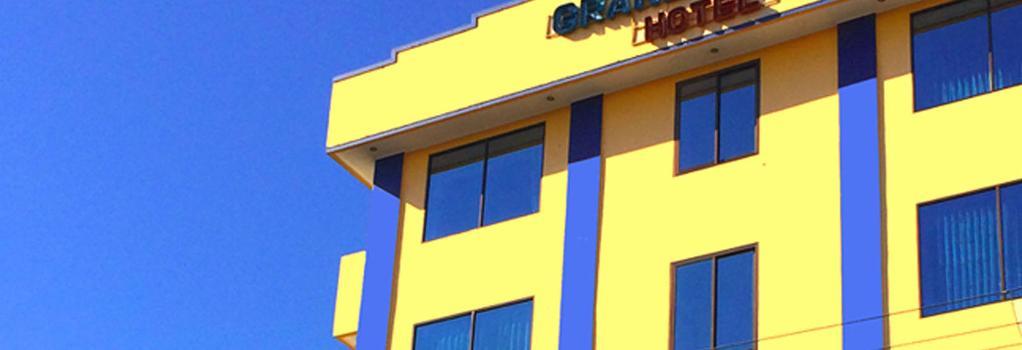 Grand Taufiq Hotel - Tarakan - Building