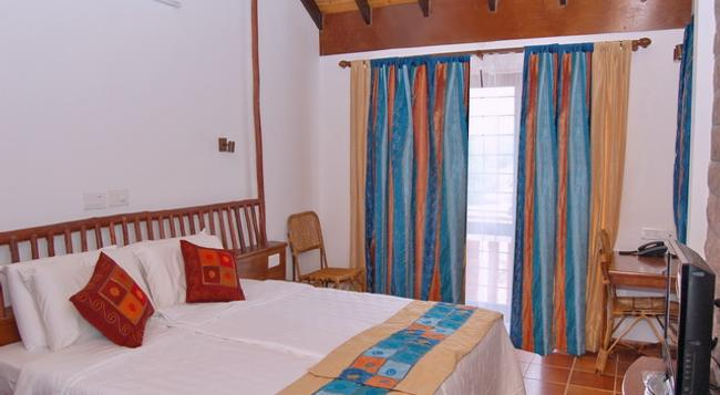 Kadambavanam Ethnic Village Resort - Madurai - Bedroom