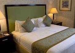 Azzurro Hotel - Angeles City - Bedroom
