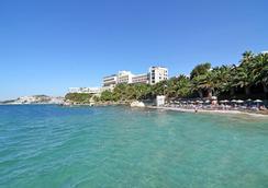Hotel İmbat - Kusadasi - Beach