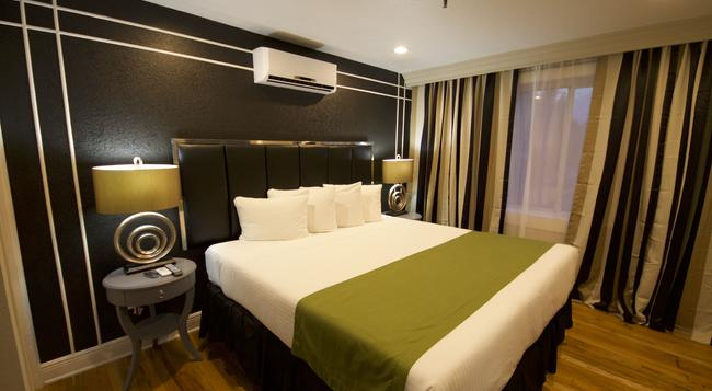 Hyde Park Hotel - Tampa - Bedroom