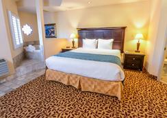 Laguna Brisas - A Beach Hotel - Laguna Beach - Bedroom