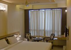 Hotel Apex Intercontinental - Jaipur - Bedroom