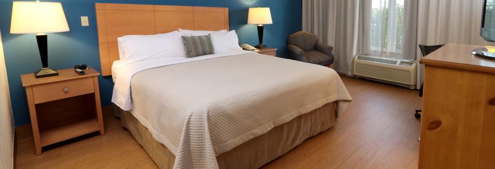 Smart iStay Hotel M - McAllen - Bedroom