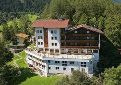 Ferienhotel Aussicht - Finkenberg - Outdoor view