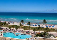 The Hollywood Beach Resort by Revmbe Consulting - Hollywood - Outdoor view