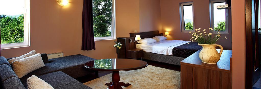 Hotel Sator - Bitola - Bedroom