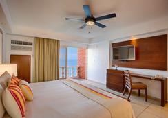 Costa Sur Resort & Spa - Puerto Vallarta - Bedroom