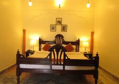 Vinayak Guest House - Jaipur - Bedroom