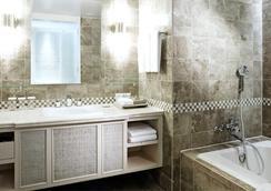 Lotte Hotel Guam - Tamuning - Bathroom