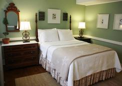 The Oak Bluffs Inn - Oak Bluffs - Bedroom