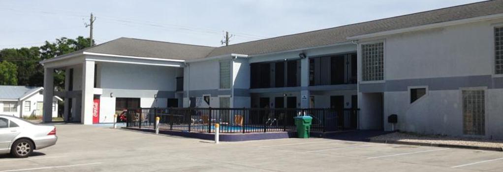 Sky Suites - Tybee Island - Building