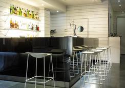 Zenit Conde de Orgaz - Madrid - Bar