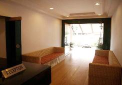 Sky Blue Resort - Lonavala - Lobby