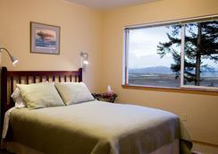 Bay Ave Bed And Breakfast Inn - Homer - Bedroom